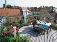 Мебель садовая-из какого материала выбрать?