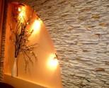 Декоративный камень для внутренней отделки квартиры. 85 фото идей оформления