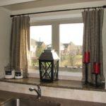 Современные шторы на кухню 10