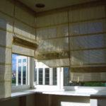 Современные шторы на кухню 12