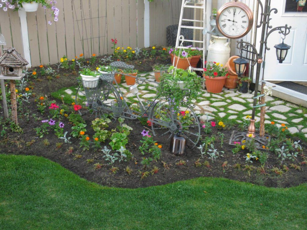 Садовый участок своими руками из подручных материалов фото 112
