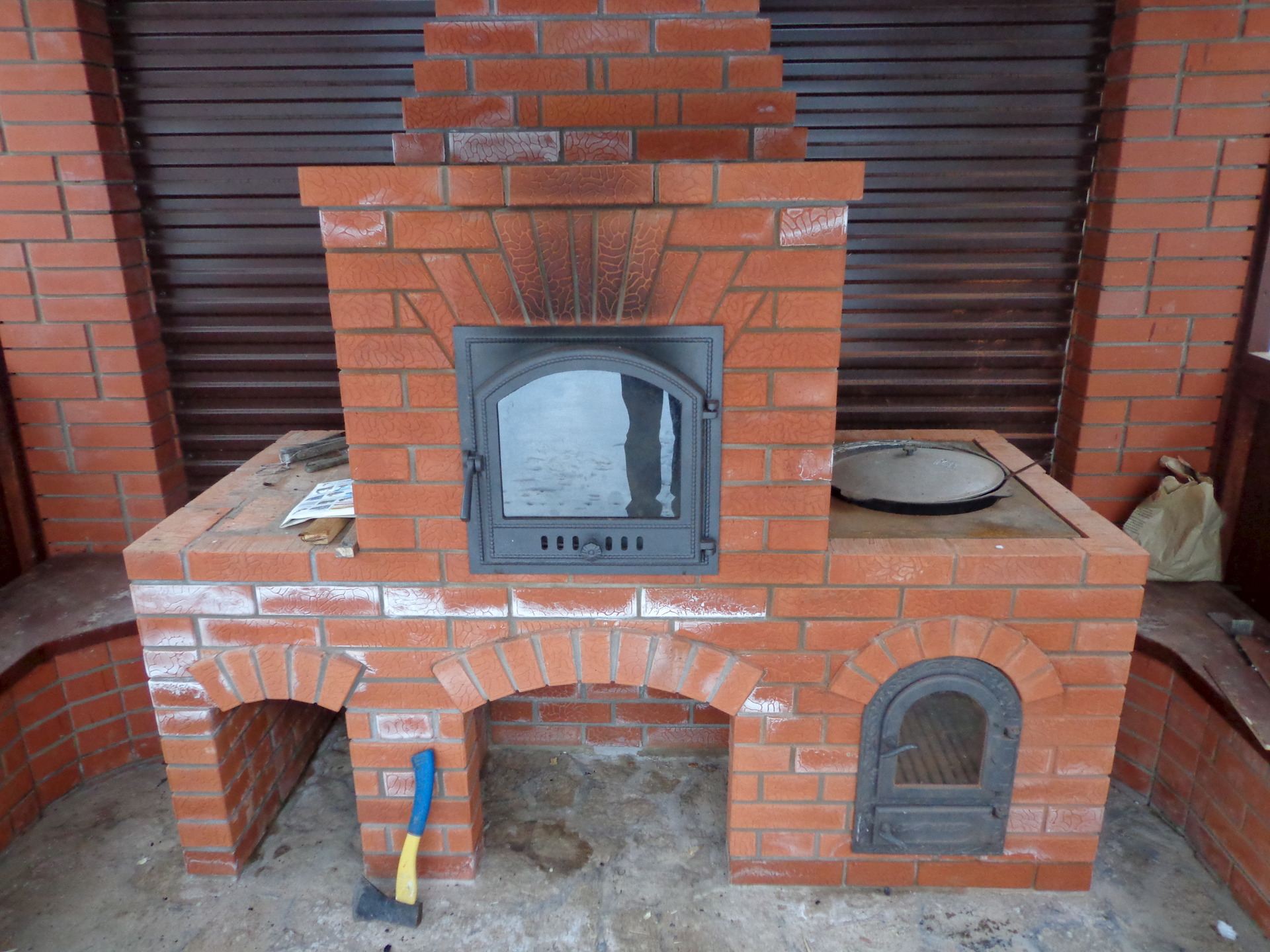 Как построить барбекю с казаном на даче своими руками камины мраморные электрические