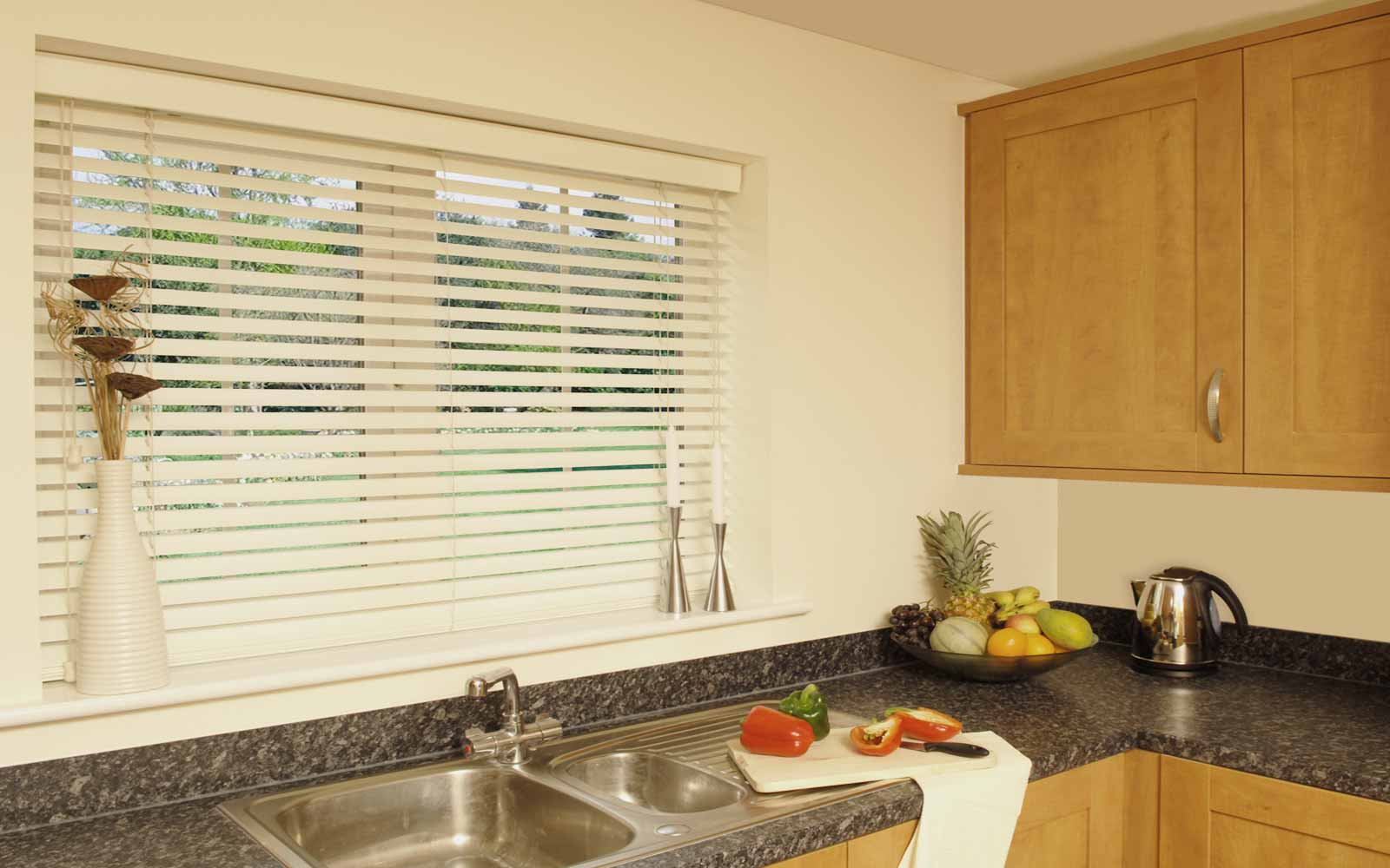 Рулонные шторы для кухни - 1
