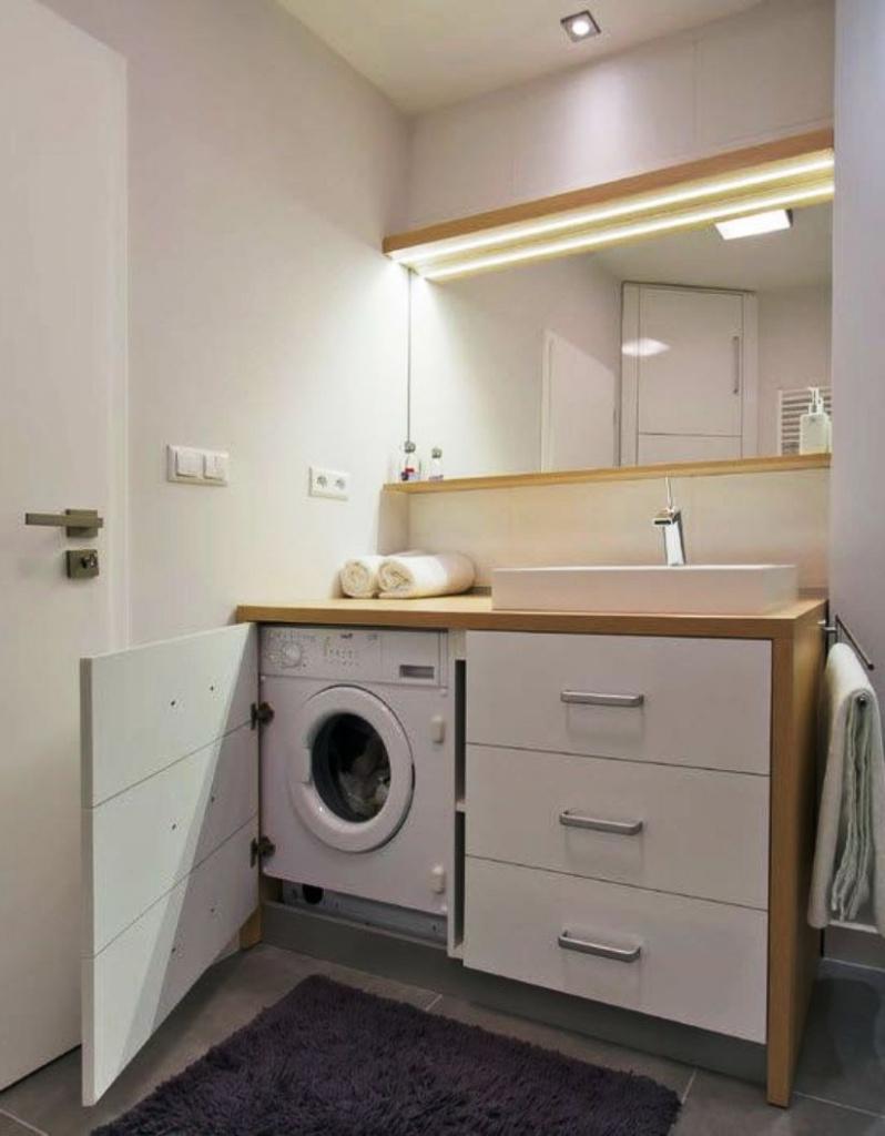 Дизайн маленькой ванной с туалетом и стиральной машинкой 2