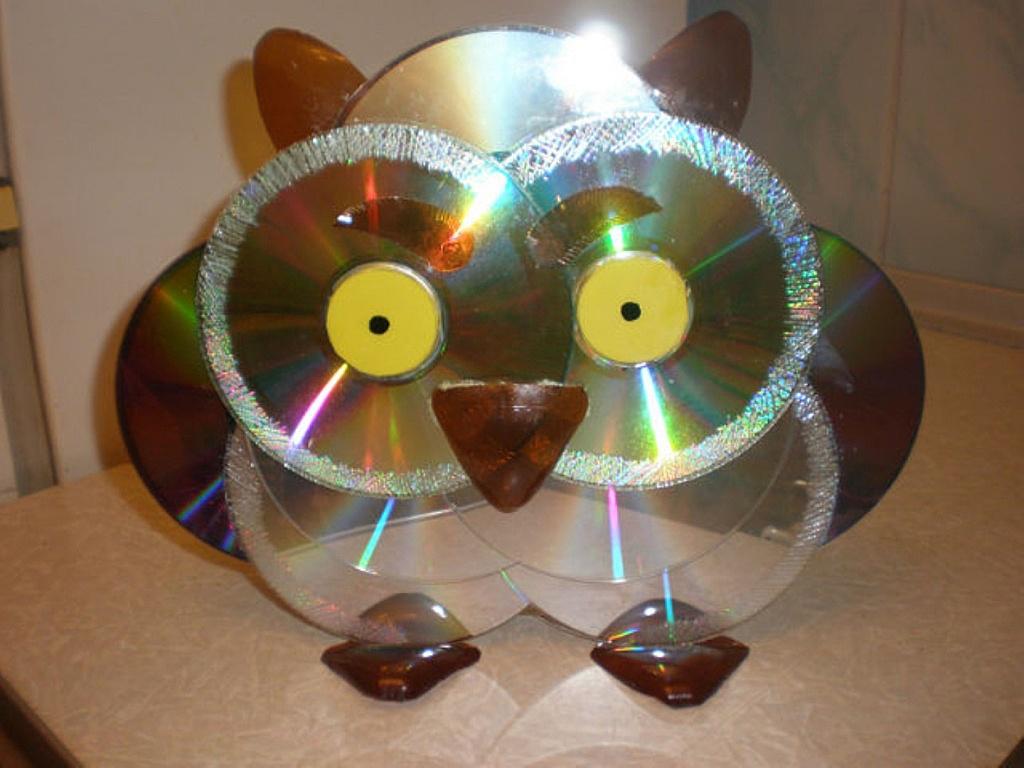 Цветы из дисков своими руками