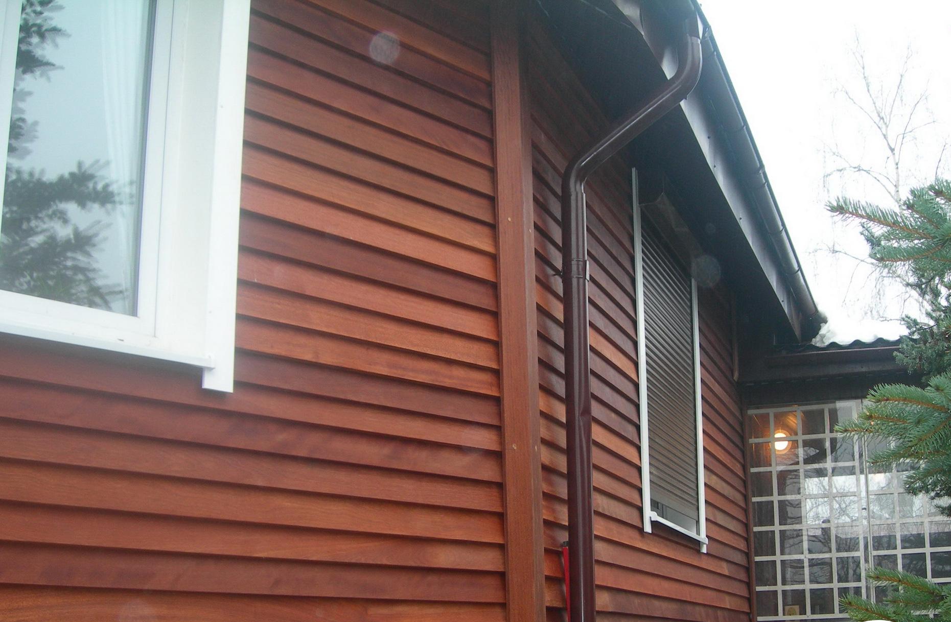 Фасад дома из дерева 2