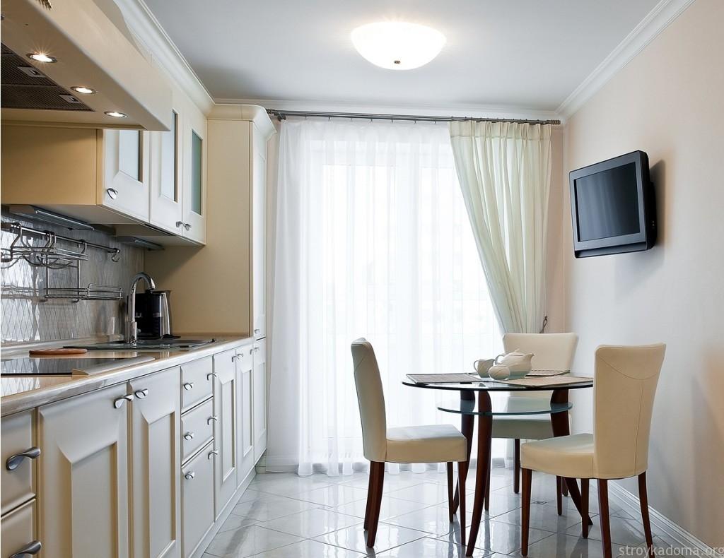 Интерьер штор для кухни с балконом