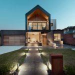 современный-двухэтажный-дом-с-мансардой-high-street-от-студии-alta-01