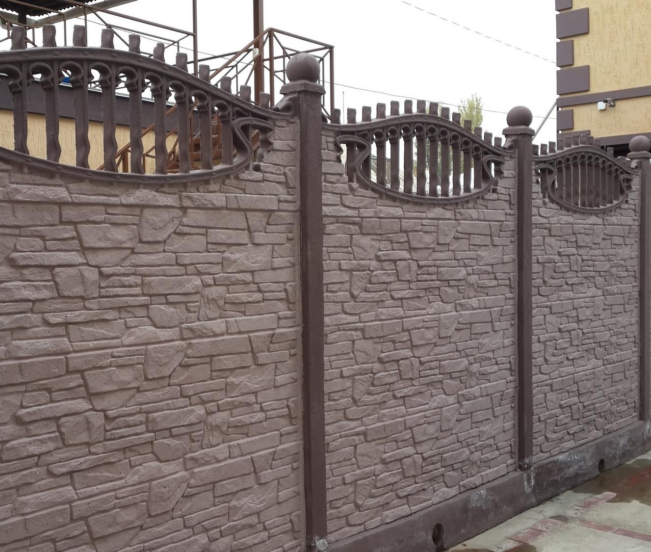 dekorativnyy-betonnyy-zabor2
