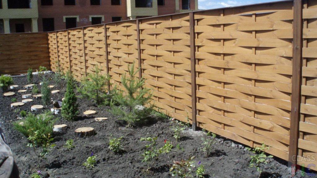 Забор в частном доме своими руками из дерева