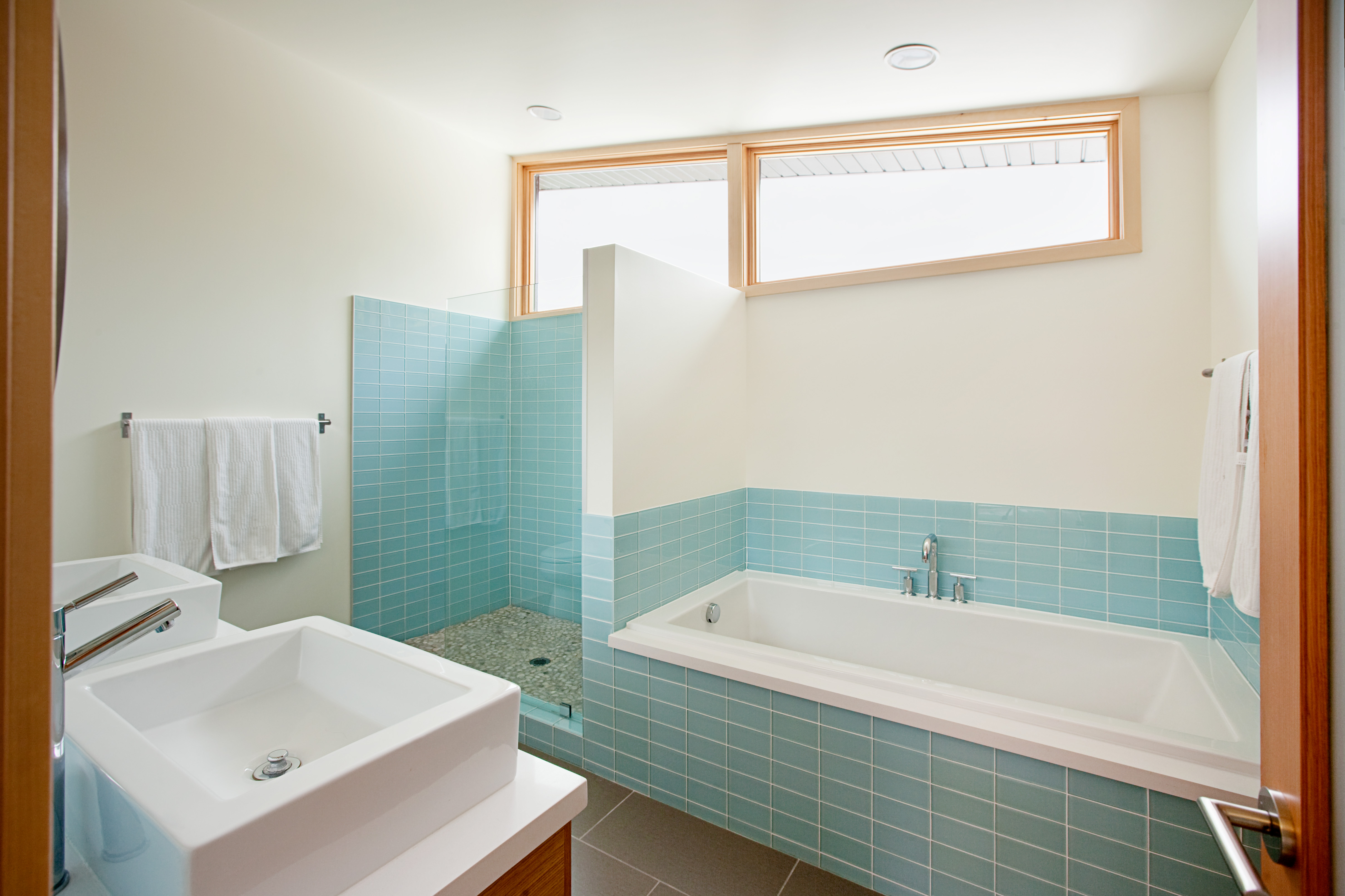 Bathroom Unique Small Bathroom Designs Bathroom Designs: 35 фото красивого интерьера. Как
