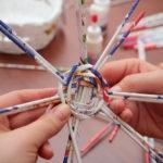 Плетение из газетных трубочек для начинающих — 50 фото идей