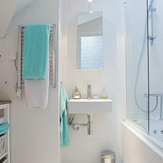 Как организовать пространство в маленькой ванной