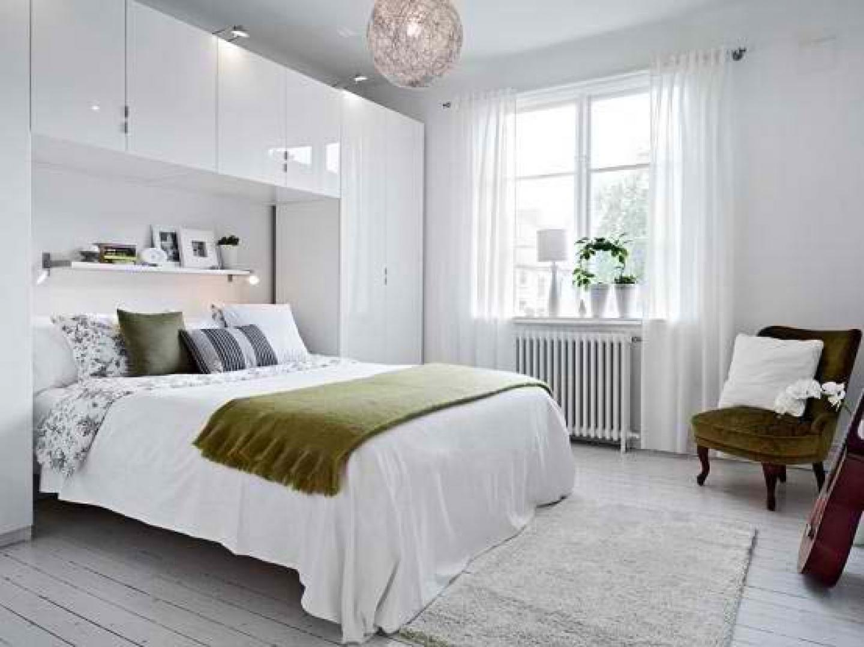 Дизайн спален с белыми кроватями