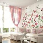оформление стен в гостиной фото