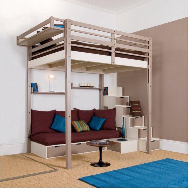 Двуспальная кровать на втором ярусе