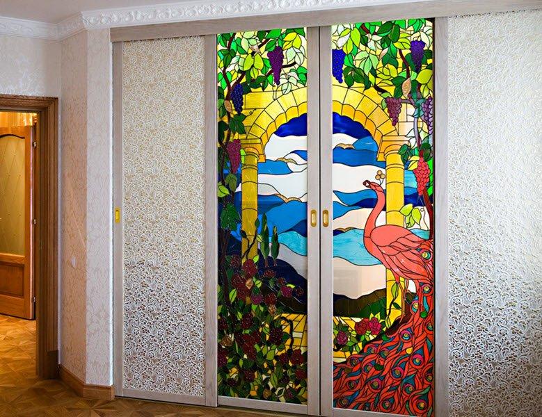 Витражное стекло в интерьере фото