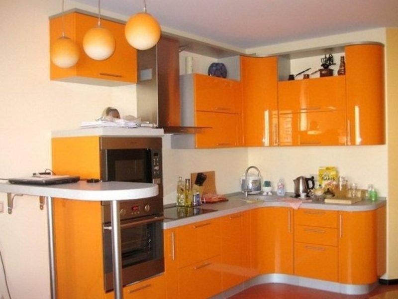 какую кухню выбрать для маленькой комнаты