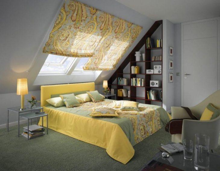 шторы мансарды спальни