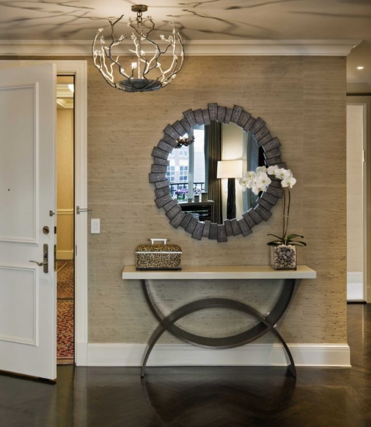 большие зеркала в интерьере