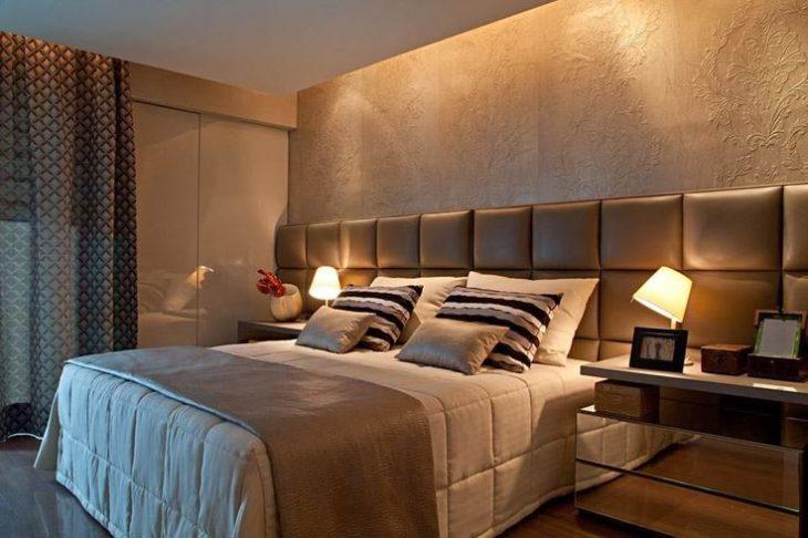 интерьер стены над кроватью