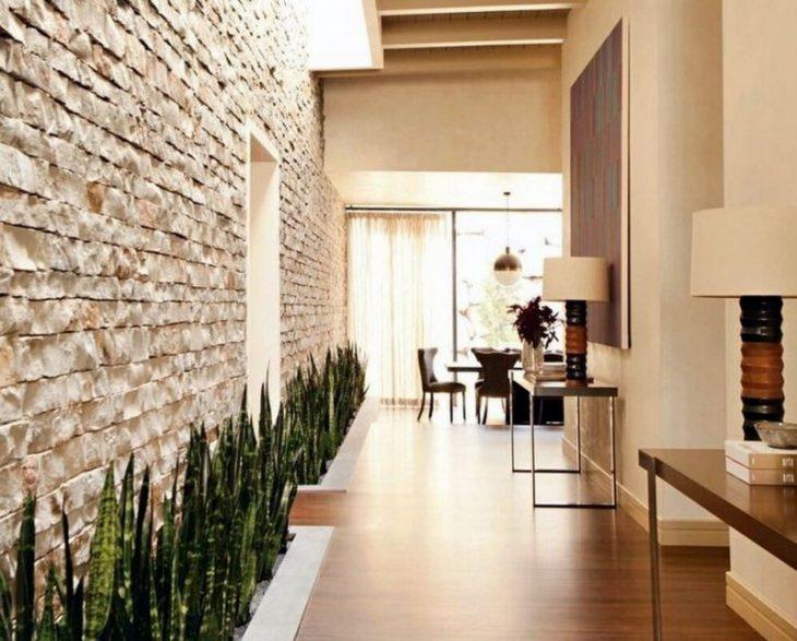 отделка стен на кухне декоративным камнем