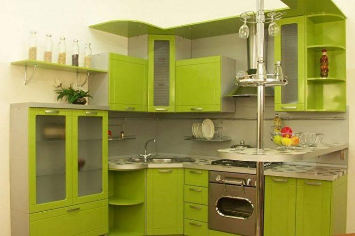 маленькая угловая кухня в хрущевке