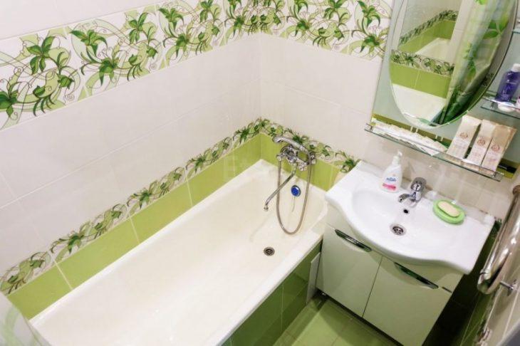ремонт потолка в ванной комнате