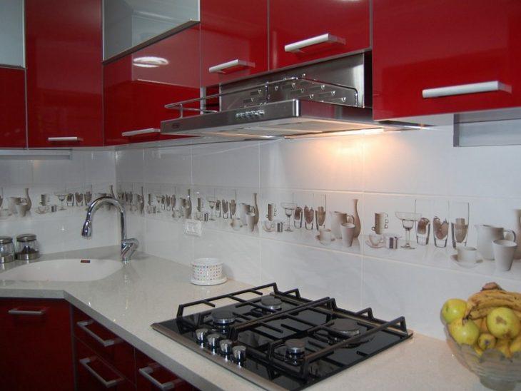 современный дизайн кухни в хрущевке