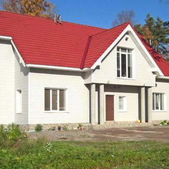 Чем обшить дом снаружи лучше всего?